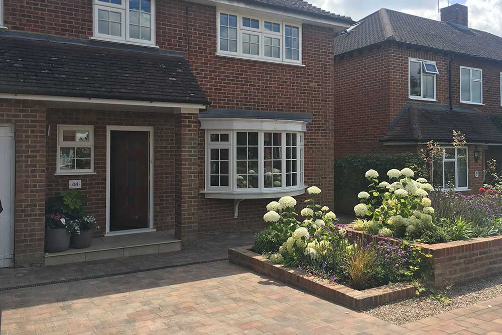 Front-garden-Ashtead-3