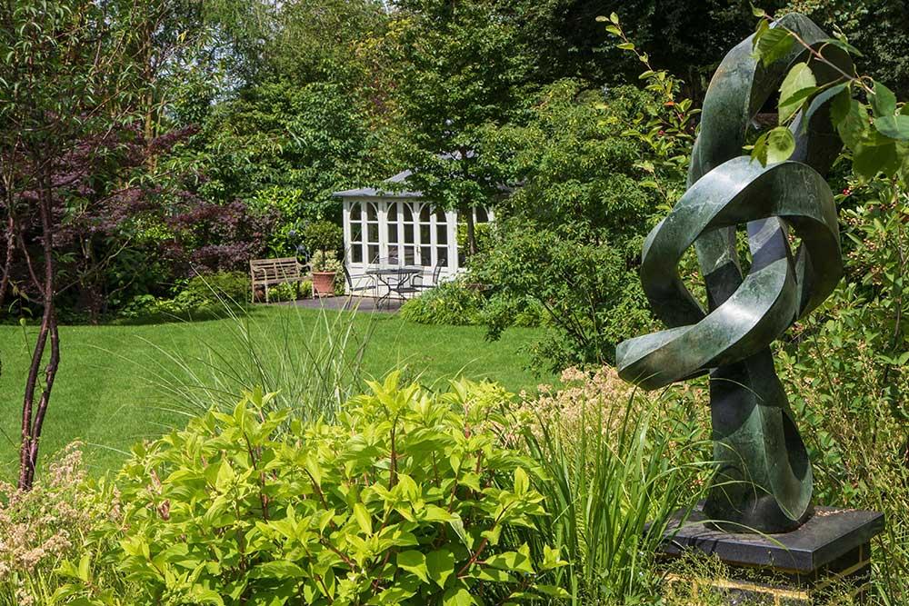 https://greenardendesign.com/wp-content/uploads/2019/09/family-garden-ashtead-9.jpg