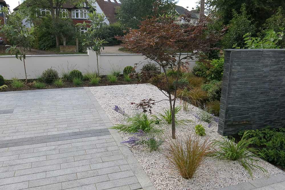 front-garden-esher-6