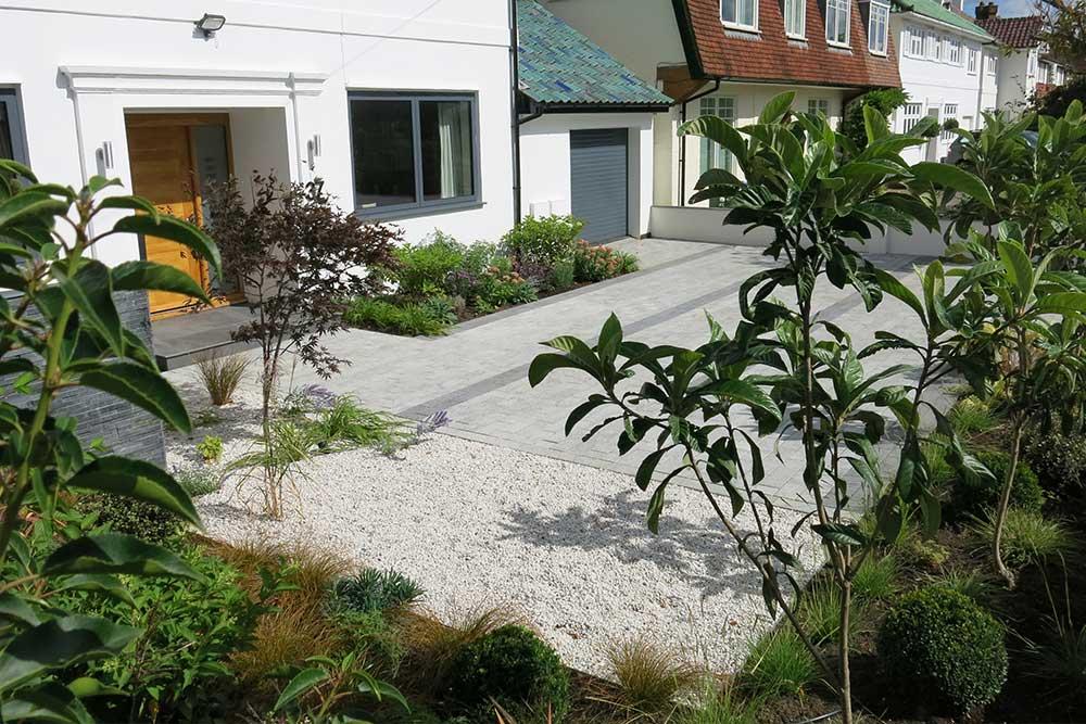front-garden-esher-7