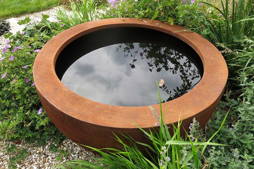 https://greenardendesign.com/wp-content/uploads/2019/09/modern-garden-walton-10.jpg
