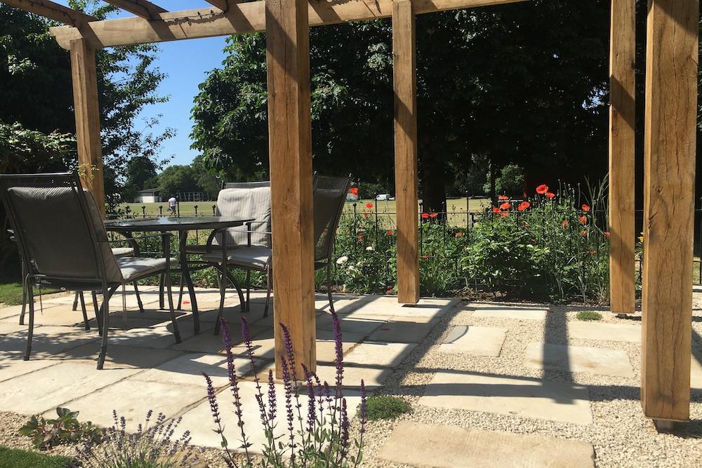 A garden with a view 3, Sunbury