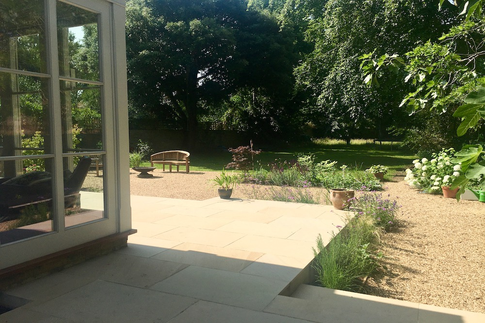 A Terrace to relax and entertain, East Molesey 5